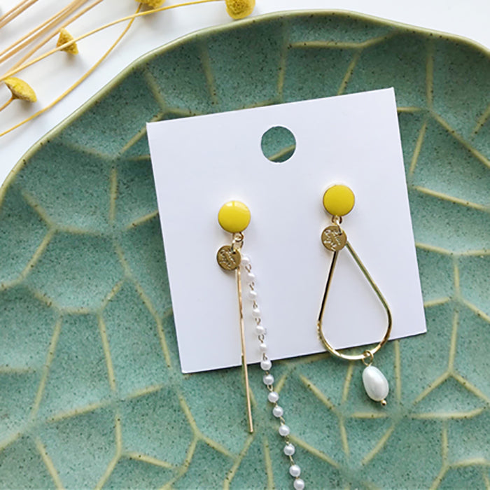 (Pre-Order) Yellow Asymmetrical Earrings 21M