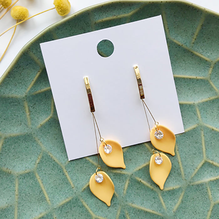 (Pre-Order) Yellow Asymmetrical Earrings 21Q