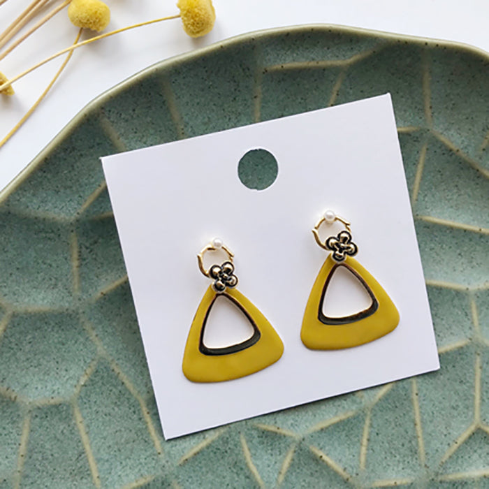 (Pre-Order) Yellow Asymmetrical Earrings 21U