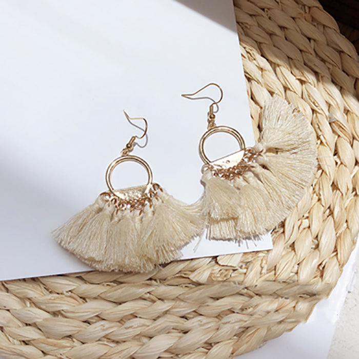 (Pre-Order) Beige Asymmetrical Earrings 23