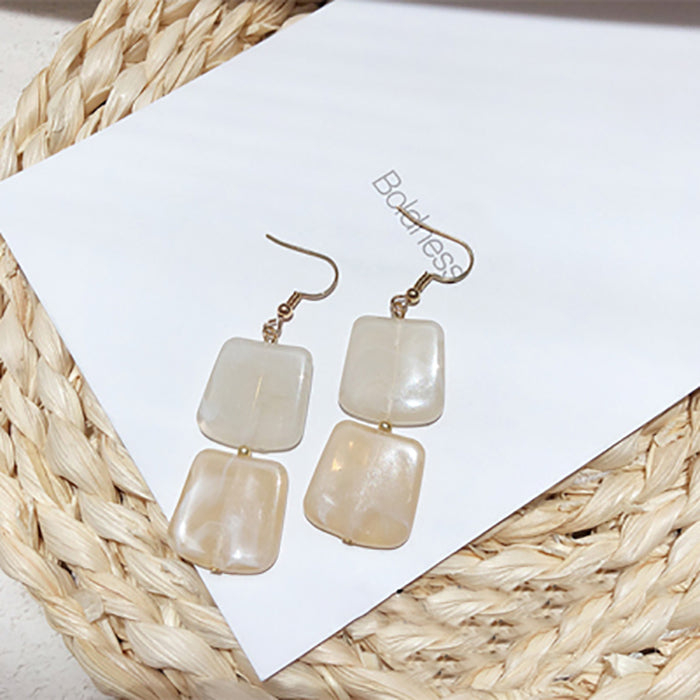 (Pre-Order) Beige Asymmetrical Earrings 5