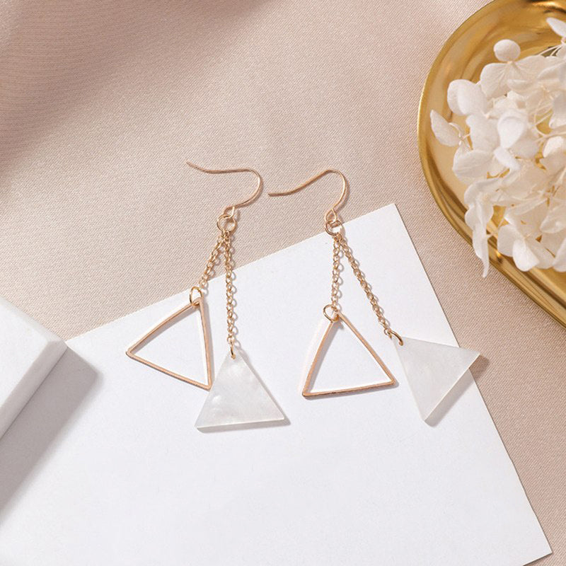 (Pre-Order) Geometric Shell Drop Earrings 7