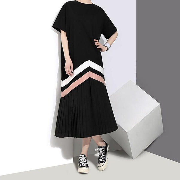 (Pre-Order) Pleated Contrast Patched Loose Fit Midi Dress in Black