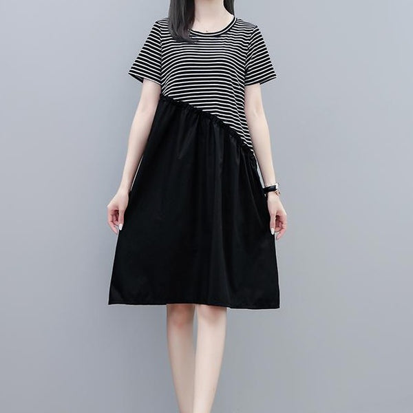 (Pre-Order) Stripes Patched Loose Fit Midi Dress in Black