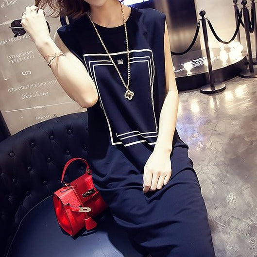 (Pre-Order) Casual Sleeveless Round Neck Midi Dress in Black