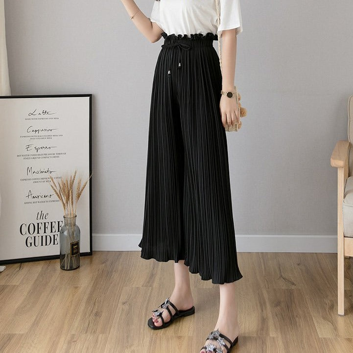 (Pre-Order) Pleated High Waist Loose Fit Wide-Leg Culottes in Black