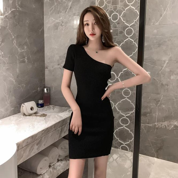 (Pre Order) Toga Sleeve Bodycon Dress in Black