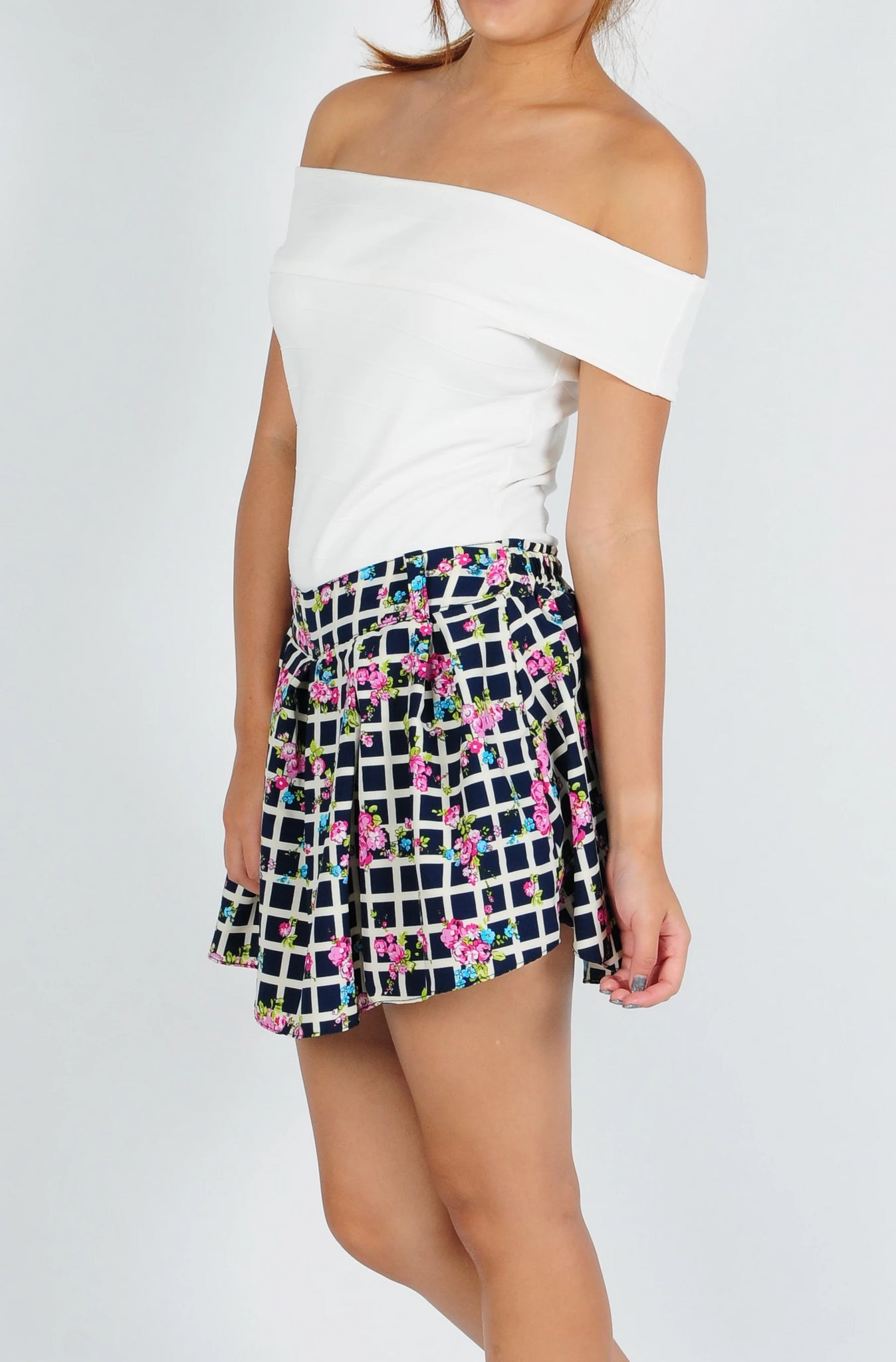 Checkered Floral Skorts In Navy Blue