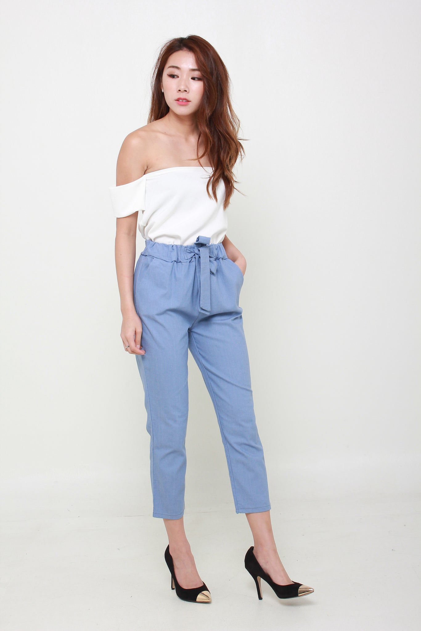 Ribbon Cropped Ankle Length Pants In Light Blue
