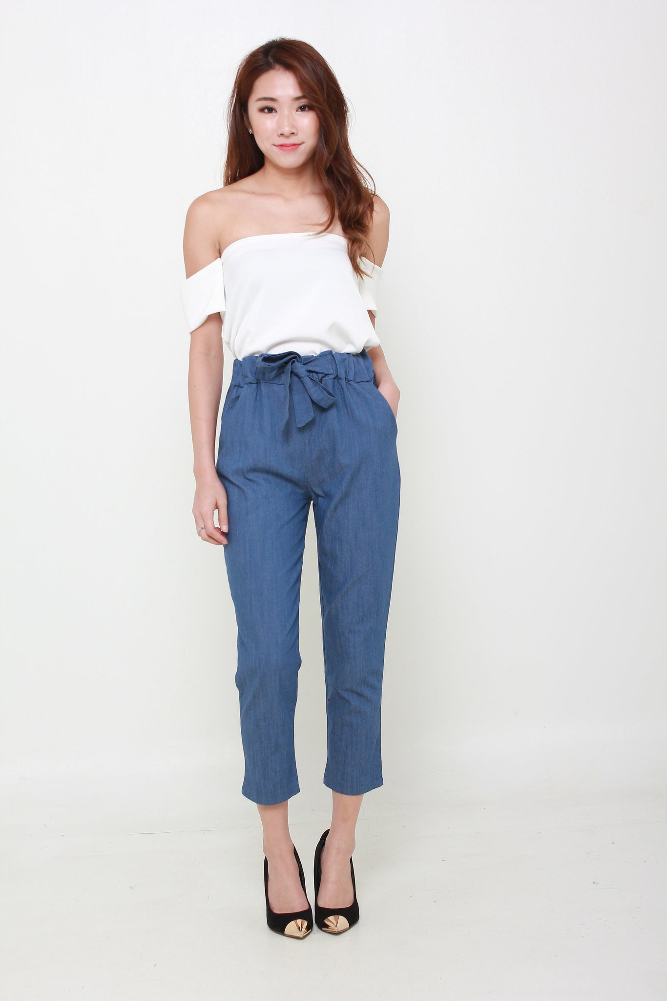 Ribbon Cropped Ankle Length Pants In Denim Blue