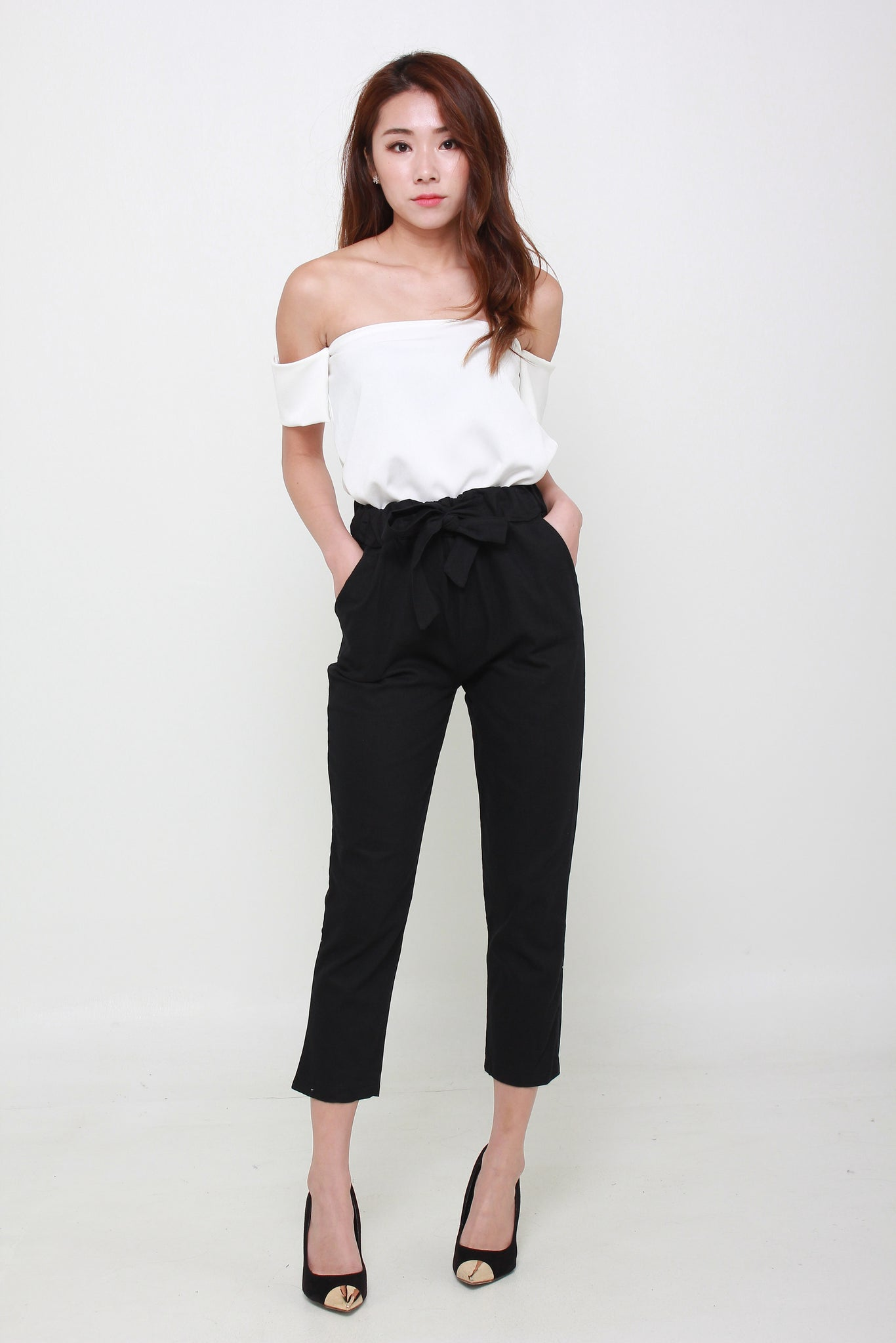 Ribbon Cropped Ankle Length Pants In Black