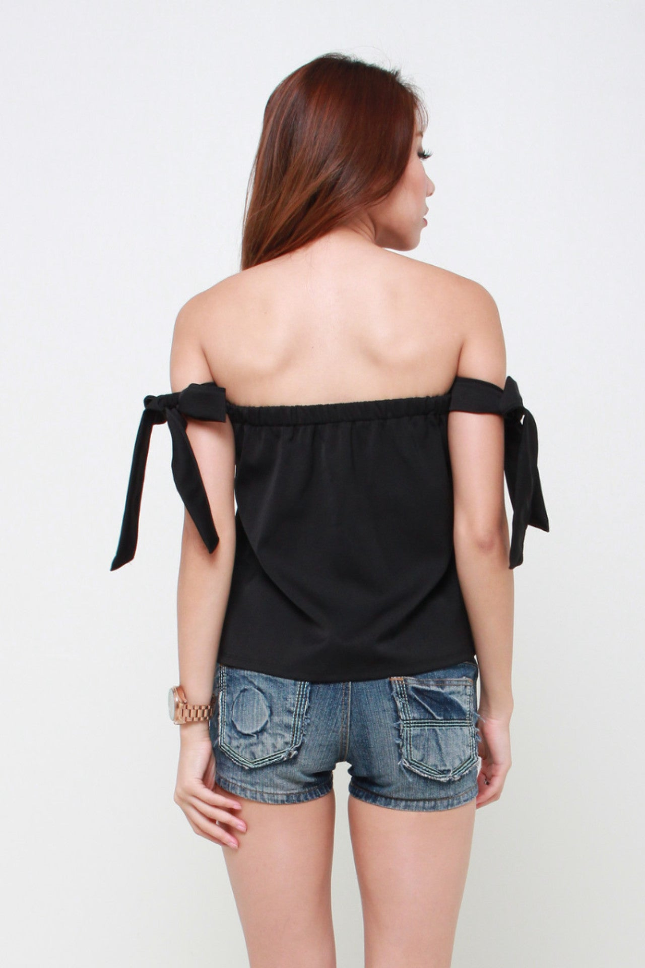Ribbon Tie Offsie Top in Black