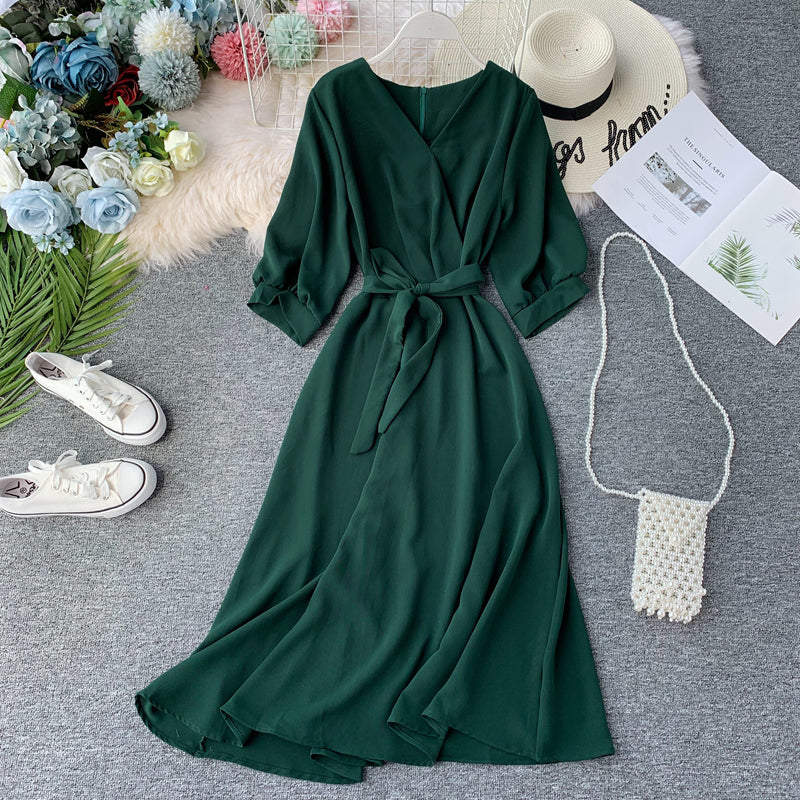 (Pre Order) V Neck Quarter Sleeve Hight Waist Maxi Flare Dress in Green