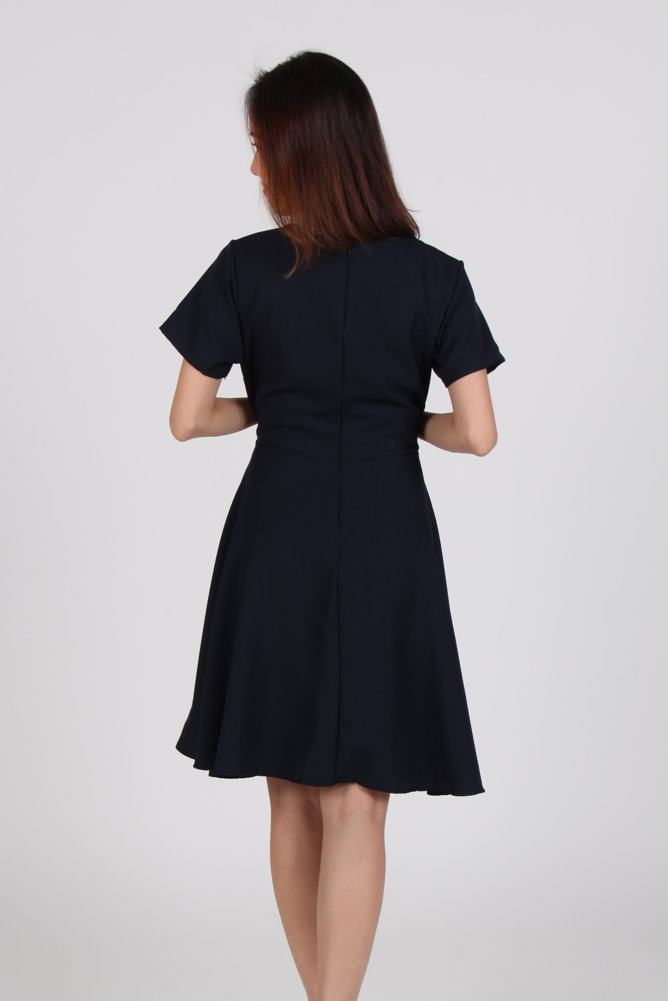 Contrast Sleeve Front Tie Wide Skater Dress in Navy Blue