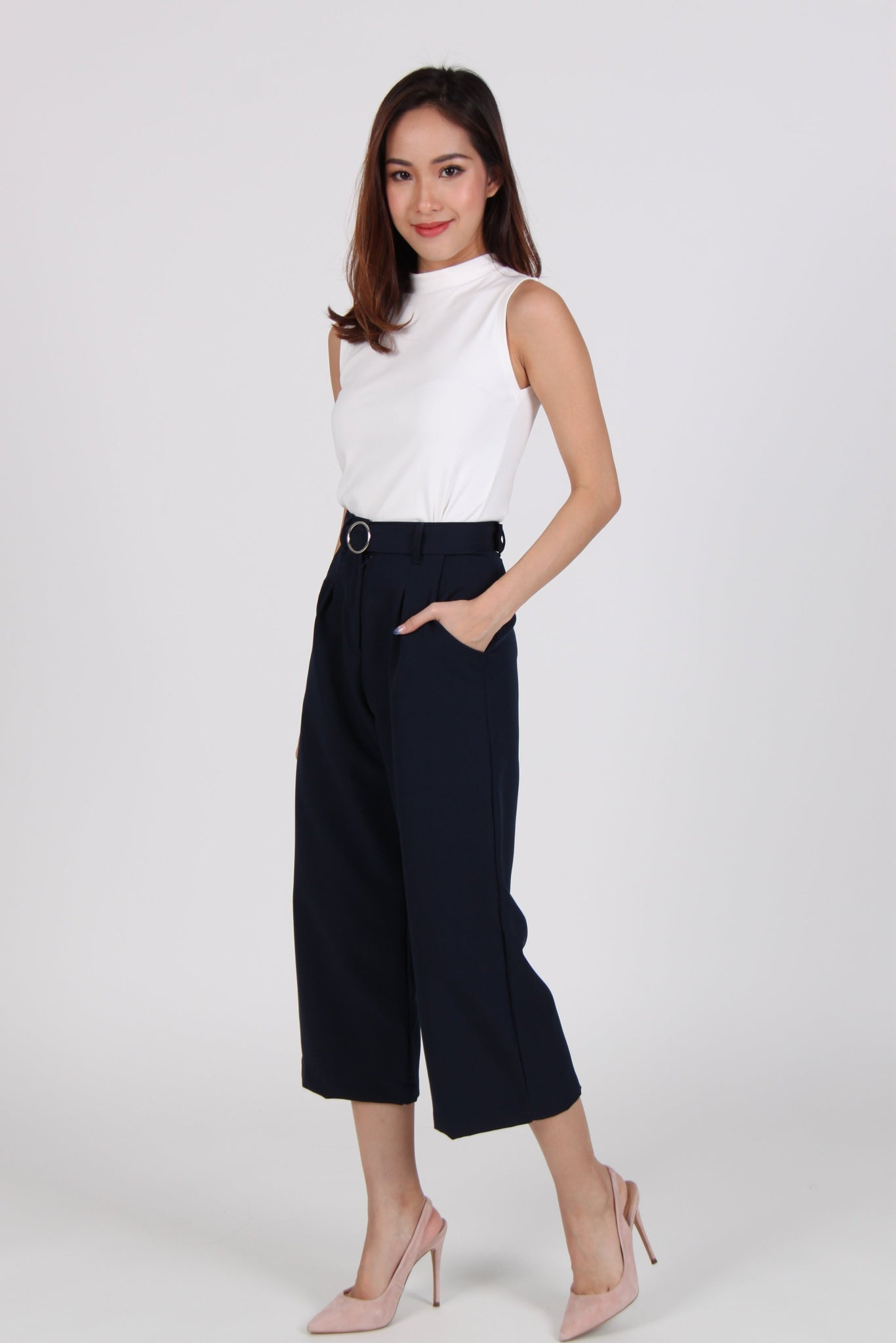 Pleats Straight Cut Culottes in Navy Blue