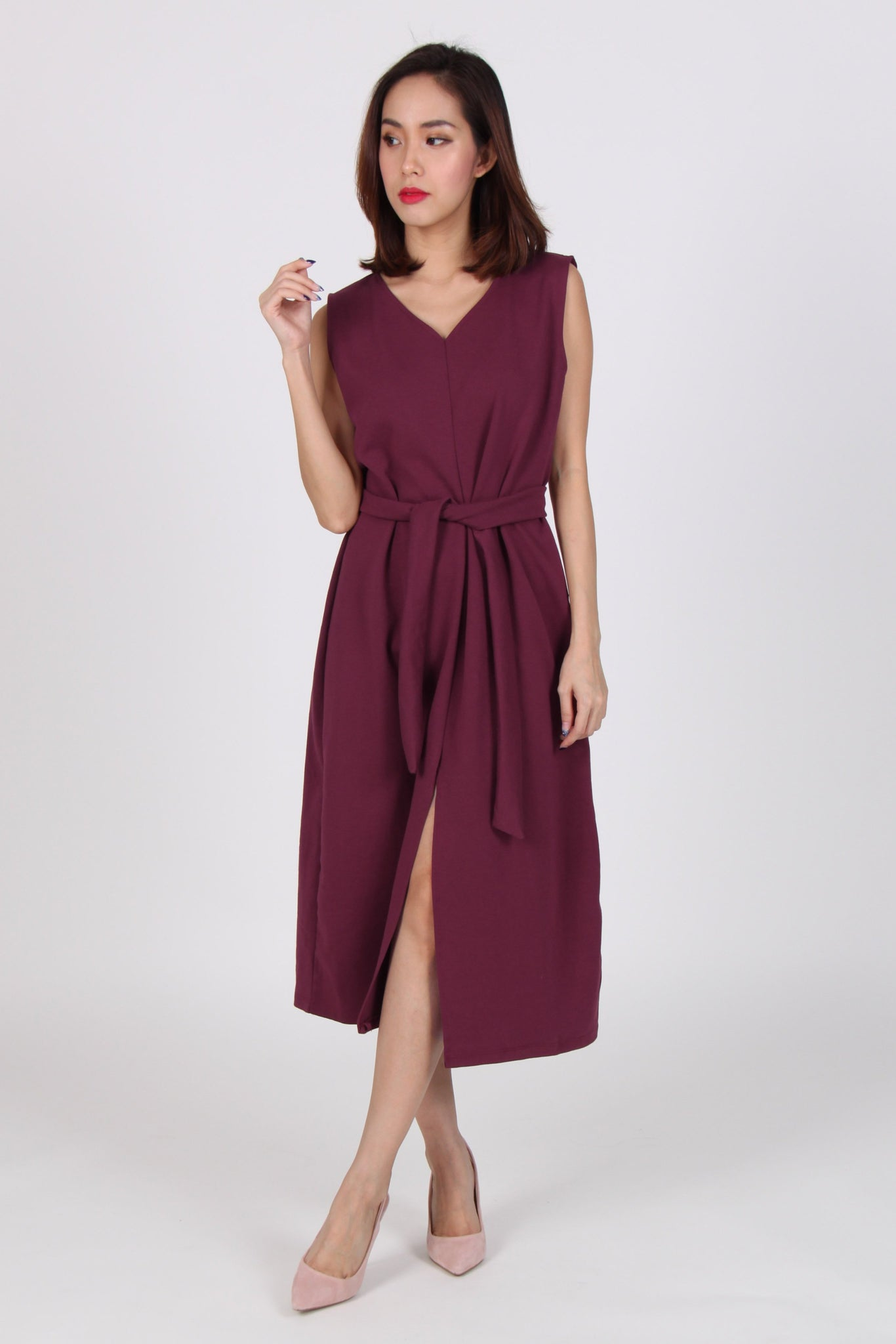 Front Slit V Neck Midi Dress in Maroon