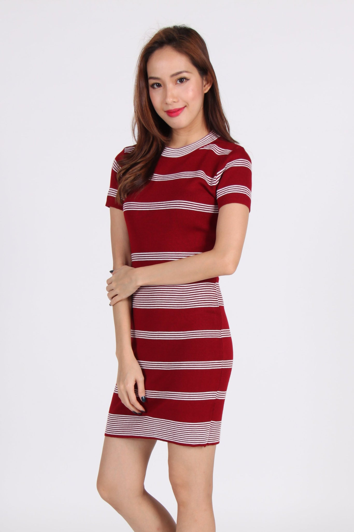 Sleeve Stripes Contrast Bodycon Dress in Maroon