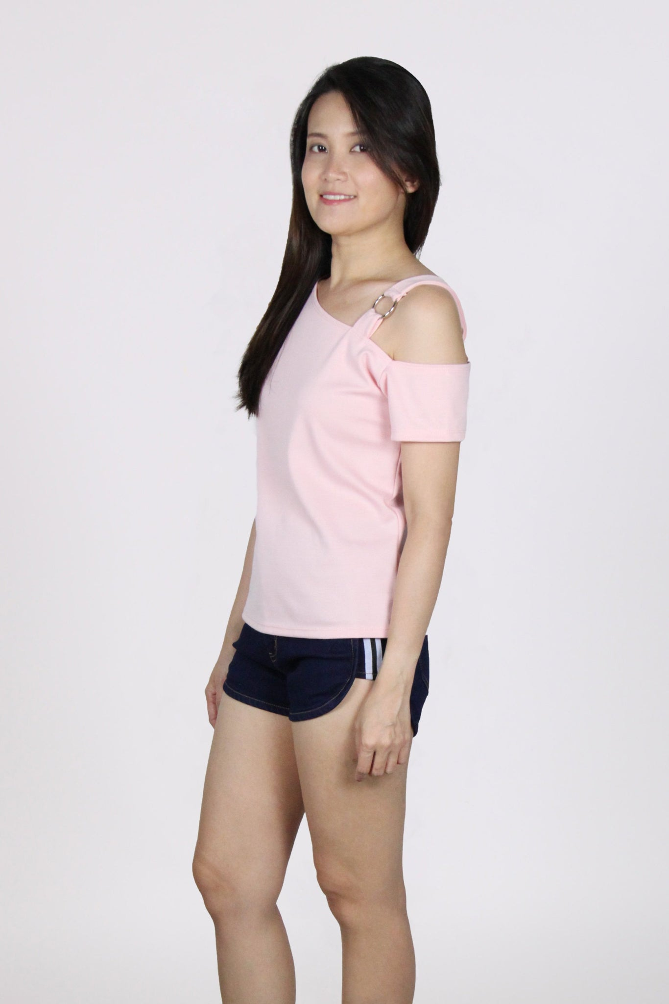Diagonal Single Ring Cold Shoulder Top in Pink