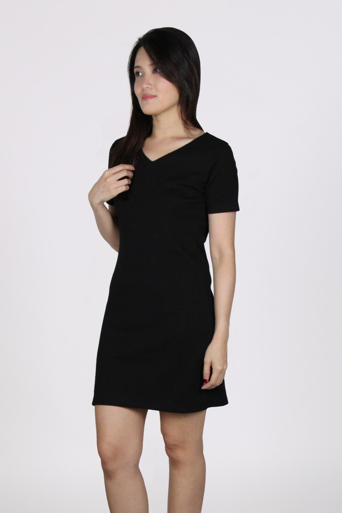 Basic Everyday Comfy V Neck Tee Dress in Black