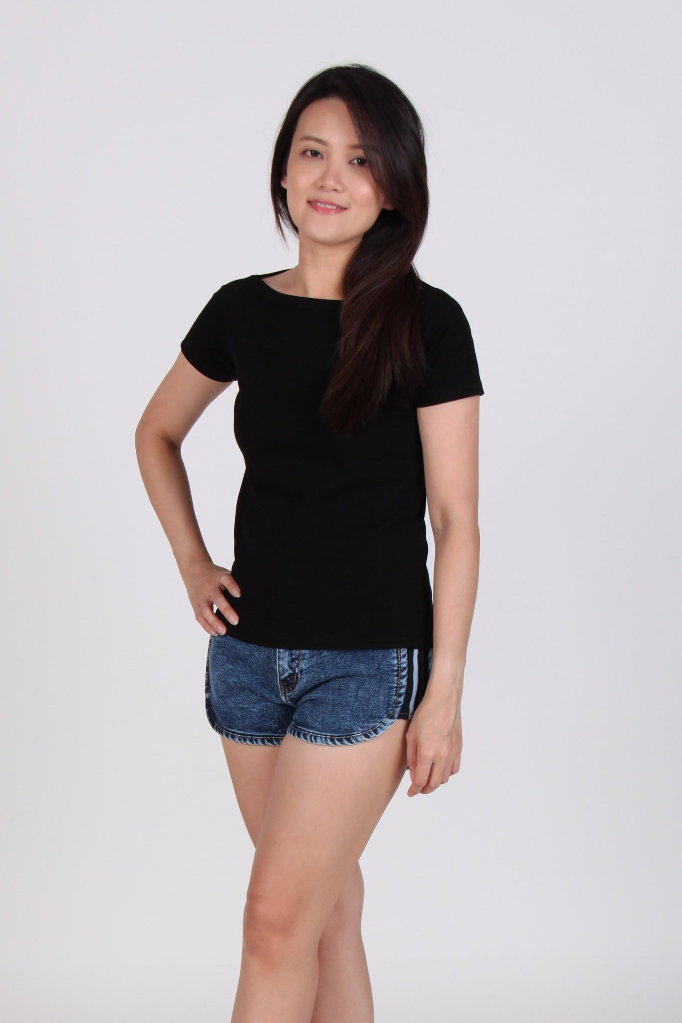 Basic Boat Neck Short Sleeve Cotton Top In Black