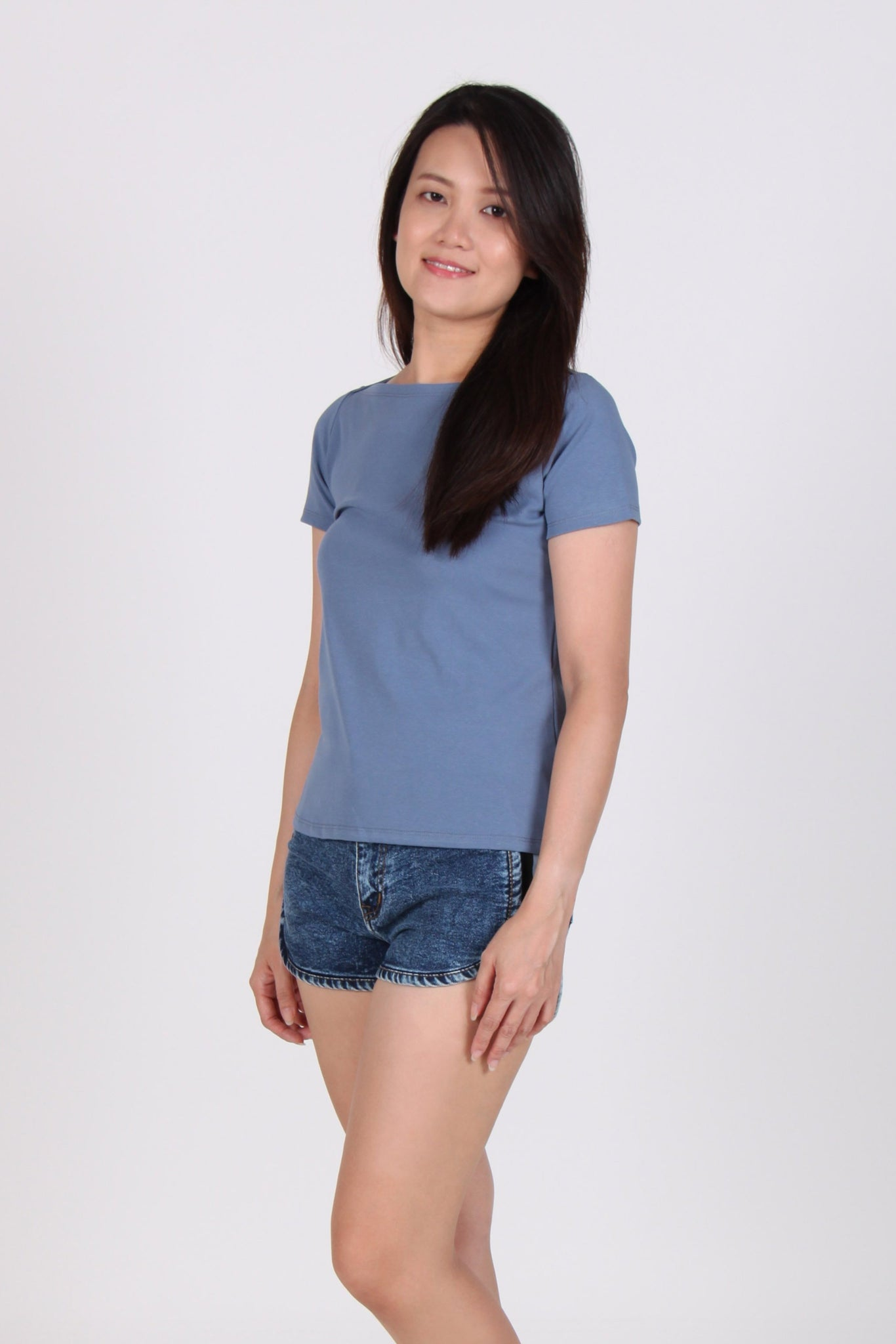 Basic Boat Neck Short Sleeve Cotton Top In Blue