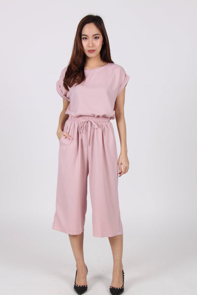 2 Piece Quarter Cropped Suit in Pink