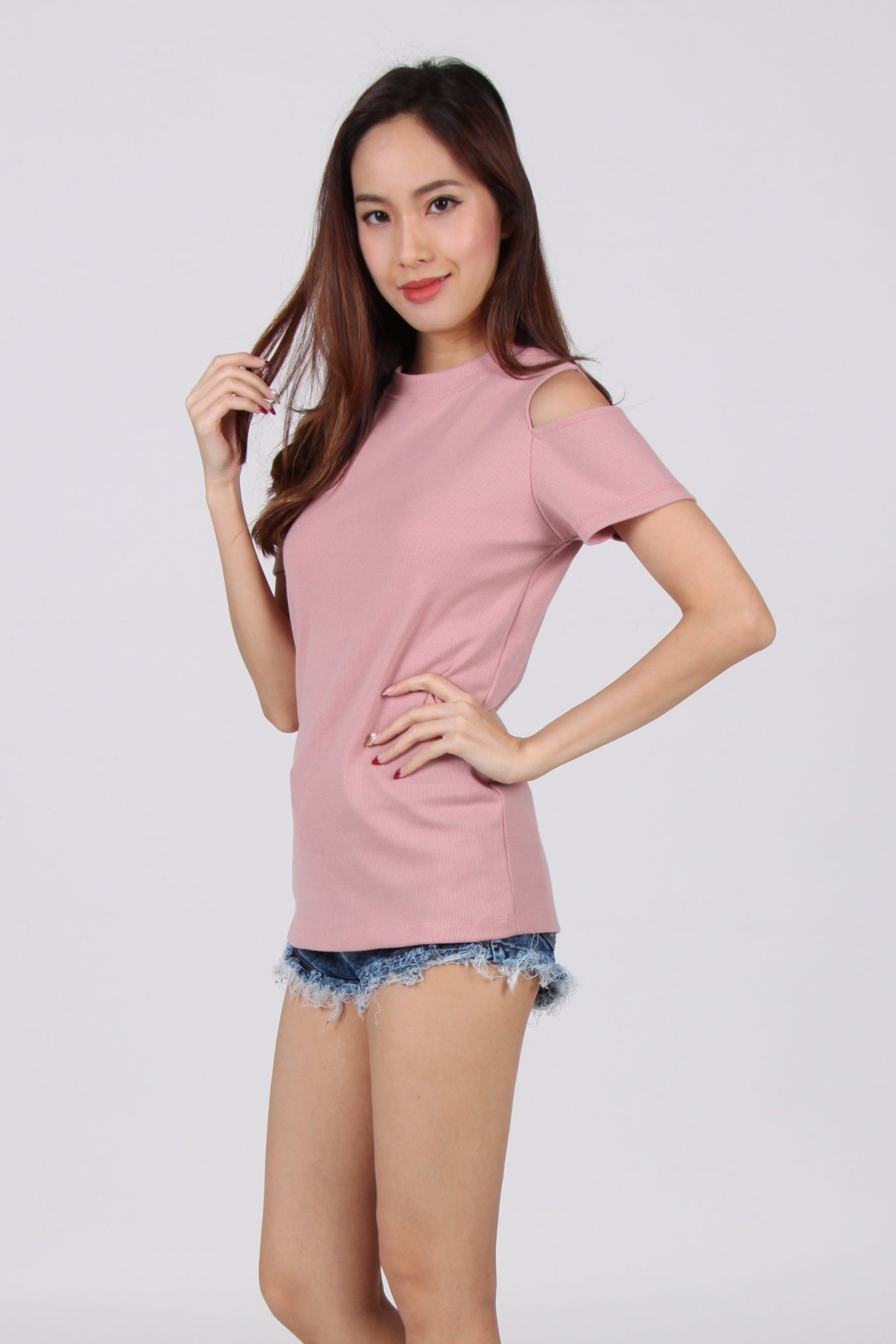 Short Sleeves Comfy Cold Shoulder Top in Pink