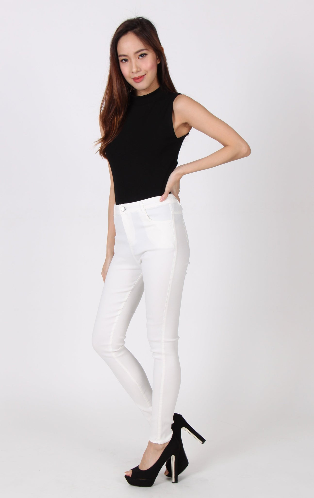 Soft Denim Skinny Legging in White
