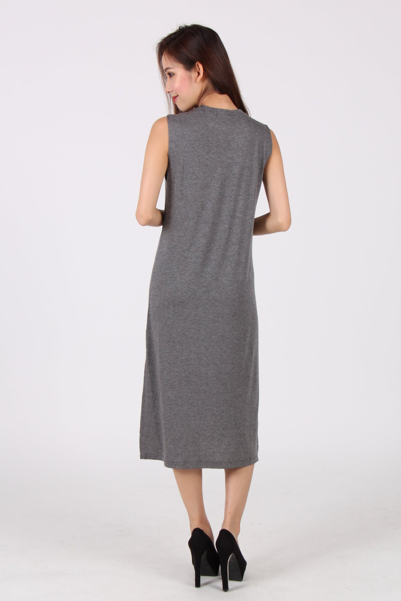 Basic Sleeveless Side Slit Midi Dress in Dark Grey