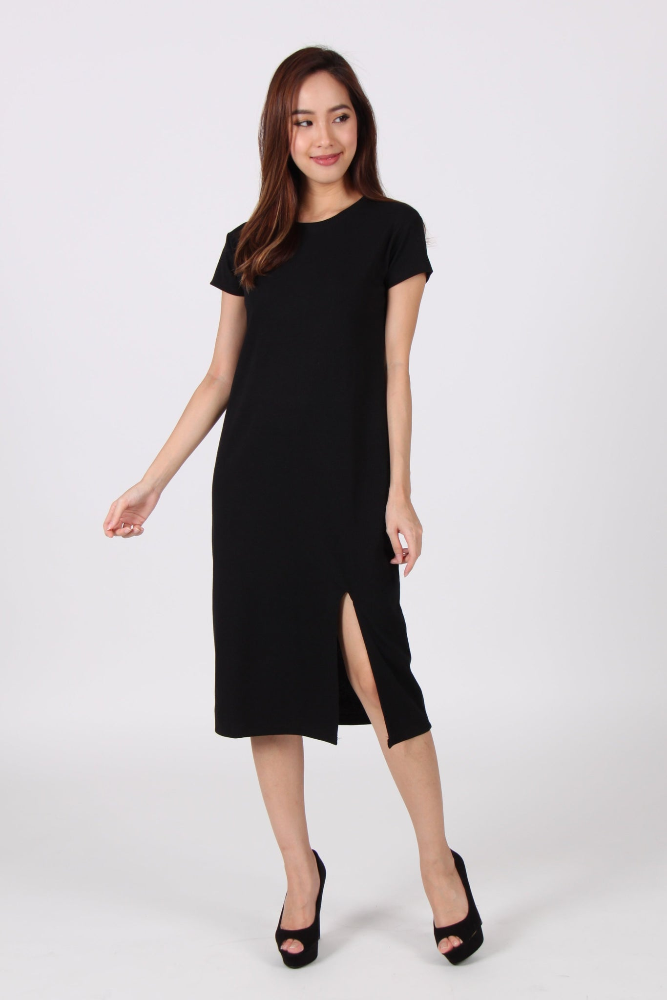 Cap Sleeve Front Slit Midi Tee Dress in Black