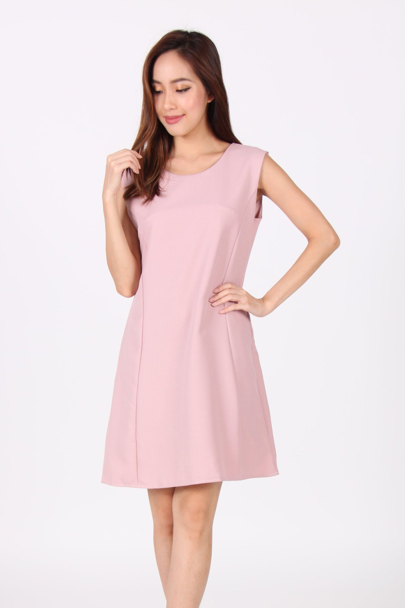Sleeveless Shift Dress in Pink