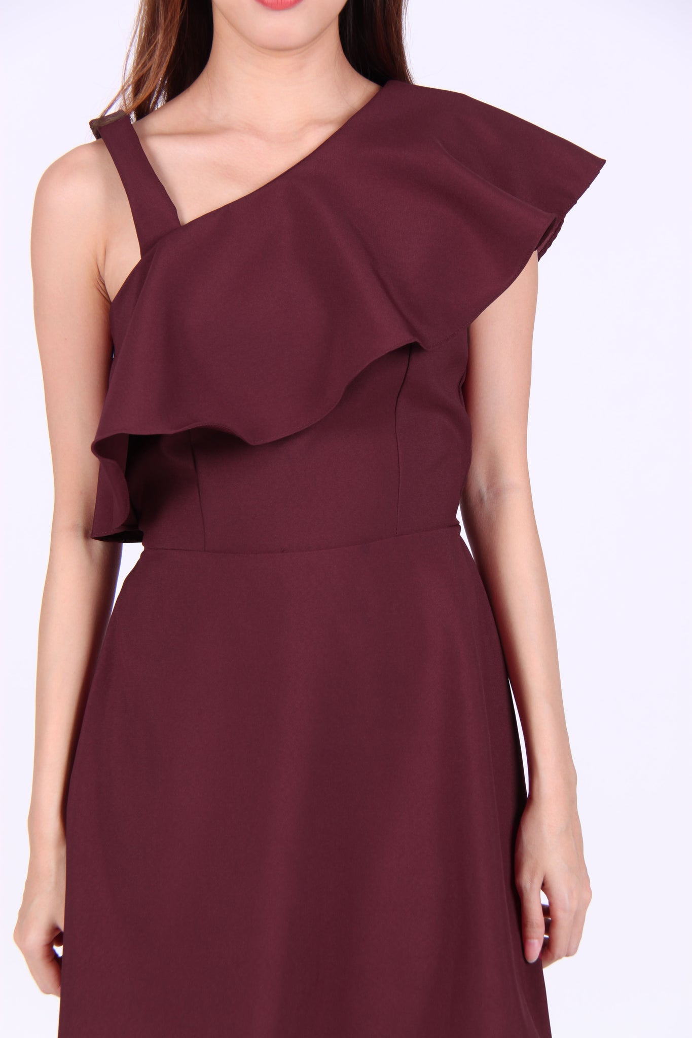 Strap Toga Ruffles Dress in Maroon