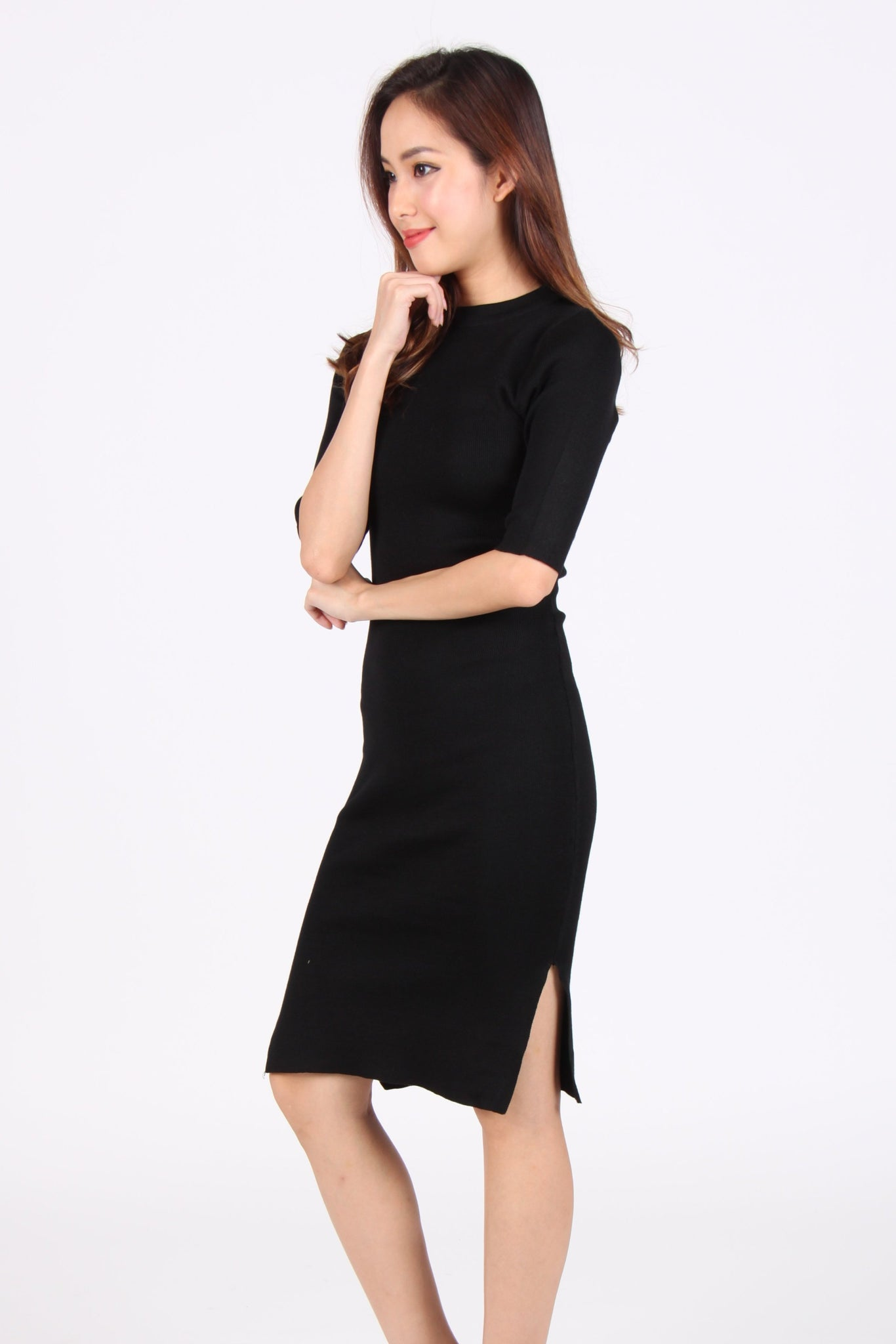 Quarter Sleeve Side Slit Bodycon Midi Dress in Black