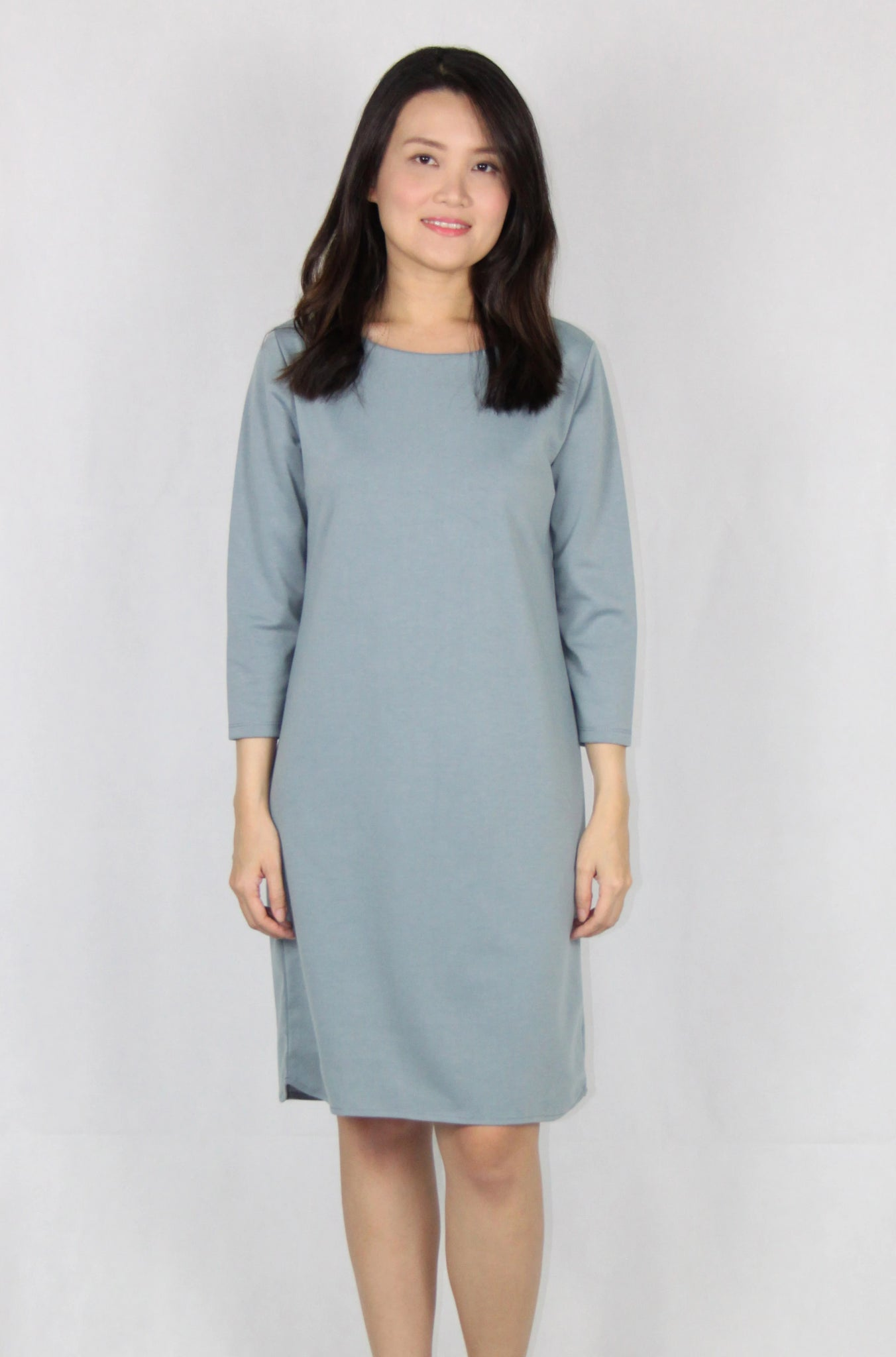 Basic Quarter Sleeve Loose Fit Dress in Blue