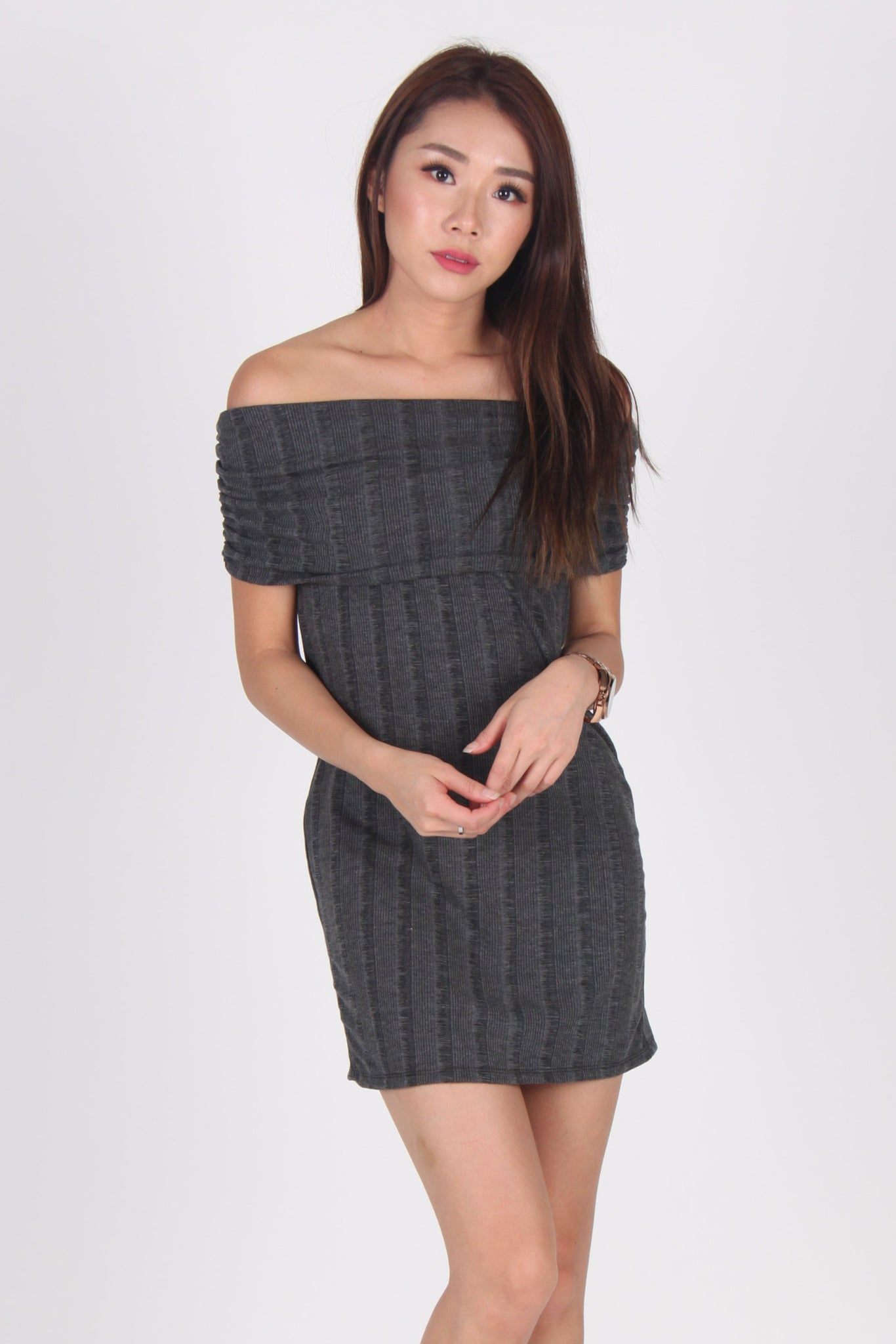 2 Way Textured Off-Shoulder Dress in Dark Grey