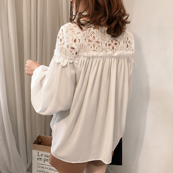 (Pre-Order) Lace Long Balloon Sleeve Loose Fit Top in White
