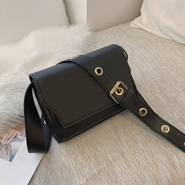 (Pre-Order) Retro Thick Eyelet Crossbody Bag in Black