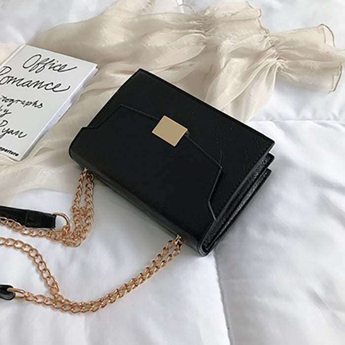 (Pre-Order) Textured Rectangular Chain Bag in Black