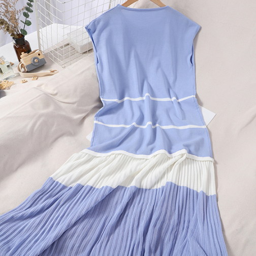 (Pre Order) Knit Pleated Contrast Sleeveless Dress in Blue