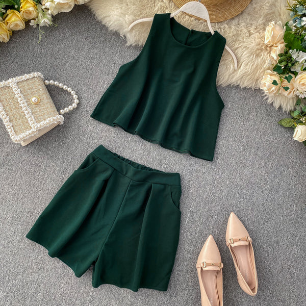(Pre-Order) 2 Piece Sleeveless High Waist Wide Leg Suit in Green