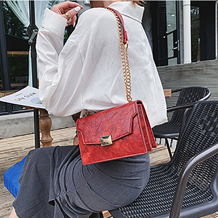 (Pre-Order) Textured Rectangular Chain Bag in Red