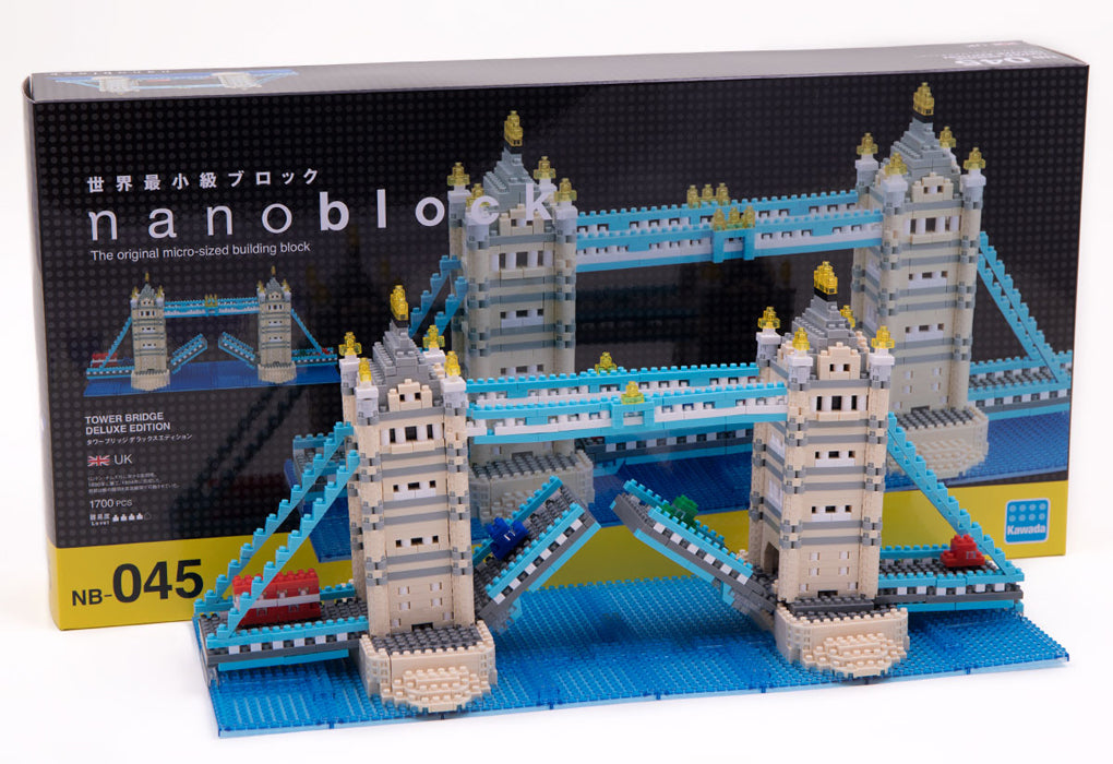 Nanoblock Tower Bridge Deluxe - Assembled model and box