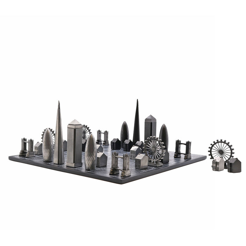 London Skyline Premium Metal Resin Chess Set - Tower Bridge Edition 4