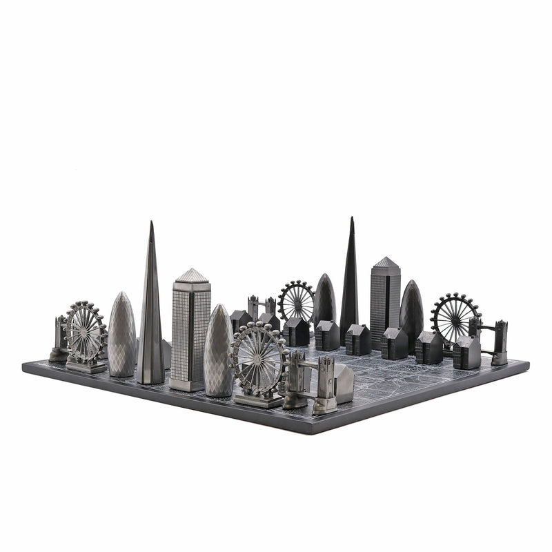 London Skyline Premium Metal Resin Chess Set - Tower Bridge Edition 1