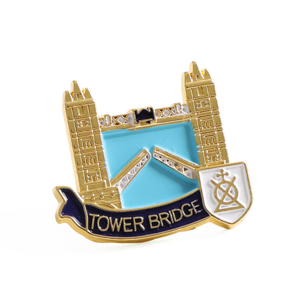 Tower Bridge Lift Gold Pin Badge 1