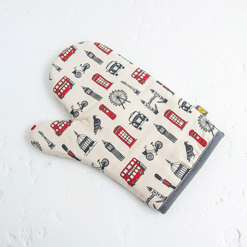 Simply London Oven Mitt 01