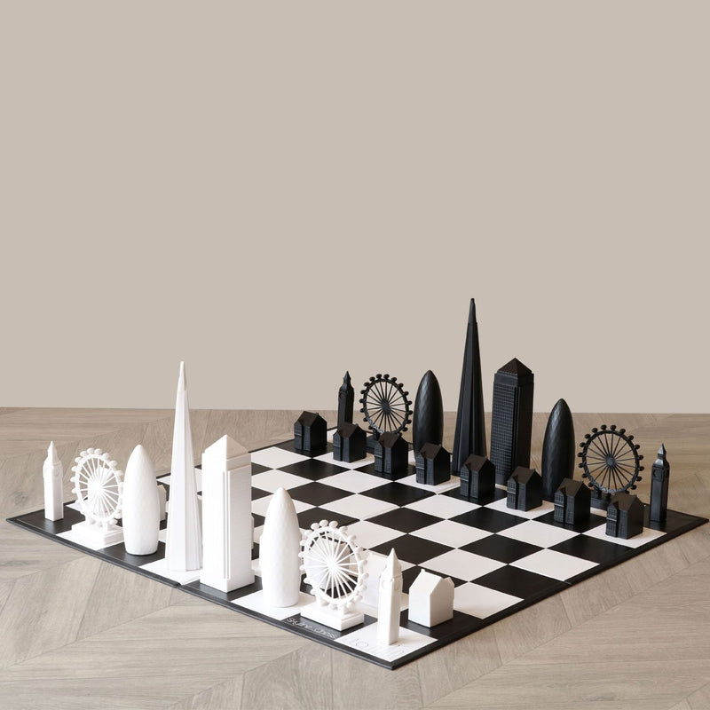 Skyline London Chess Set 1