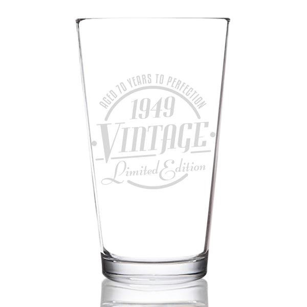 1949 Vintage Edition 70th Birthday Beer Glass for Men and Women (70th Anniversary) 16 oz- Elegant Happy Birthday Pint Beer Glasses for Craft Beer | Classic Birthday Gift, Reunion Gift for Him or Her