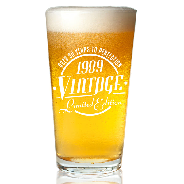 1989 Vintage Edition 30th Birthday Beer Glass for Men and Women (30th Anniversary) 16 oz- Elegant Happy Birthday Pint Beer Glasses for Craft Beer | Classic Birthday Gift, Reunion Gift for Him or Her