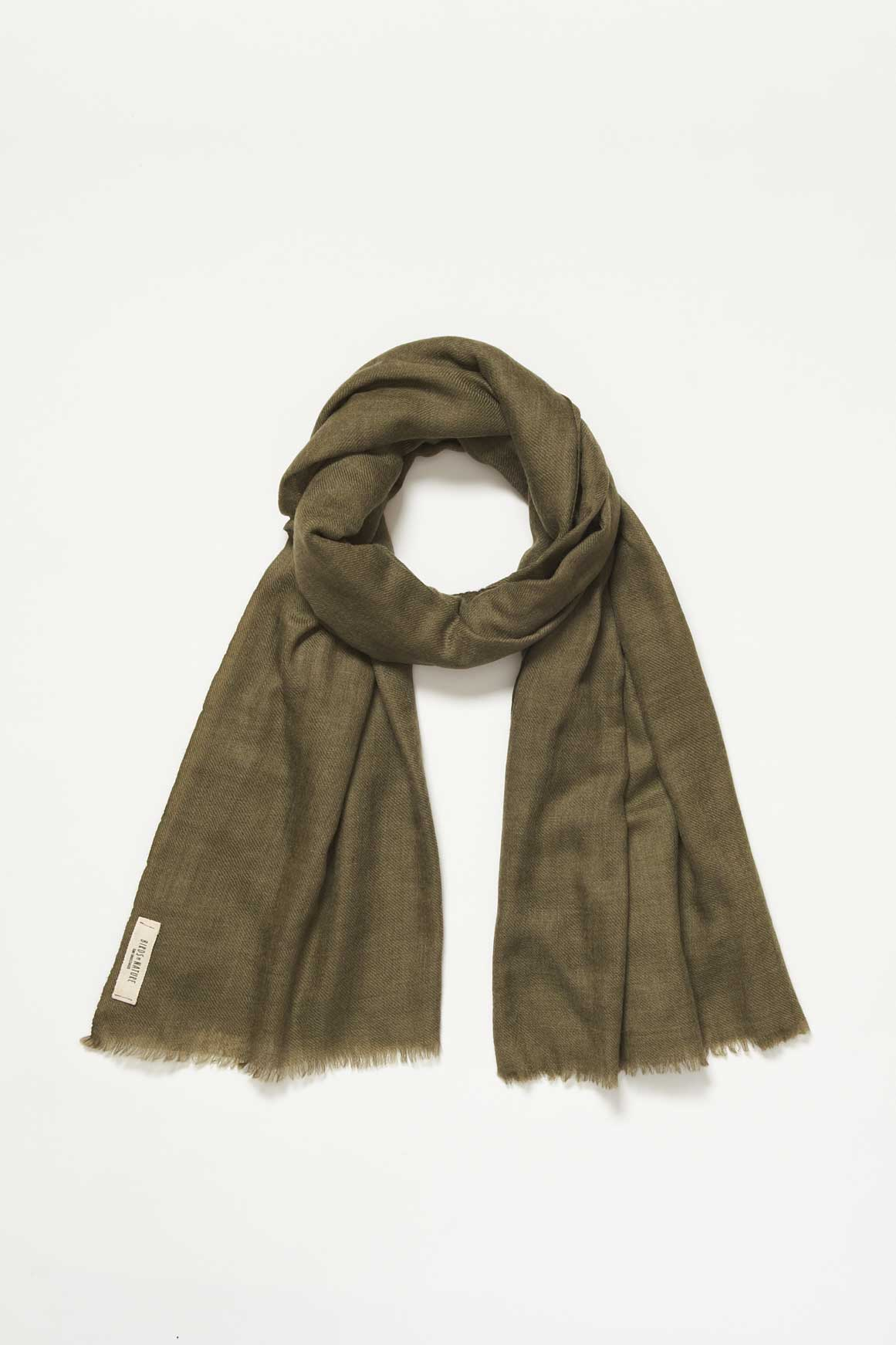 Olive Nestling Scarf AW1718 Birds of Nature